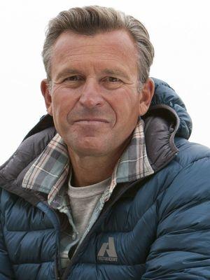 Ed Viesturs, Adventurers