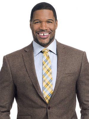Michael Strahan dancing with the stars, football, broadcaster, big fish, NSB