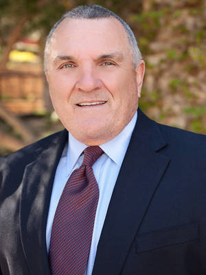 Rudy Ruettiger, Inspiration, Motivation, Sports, Overcoming Adversity, Teamwork, Leadership movie, movies, football, celebrity, Top 10 Education, athletes, overcoming adversity, Student Assemblies, fundraising, education motivation, Faith Fundraising, Athletes & Sports Community, At the Movies, University Inspiration, University Fundraising, University Athletes, Opening Assembly & Commencement, Men's Ministries