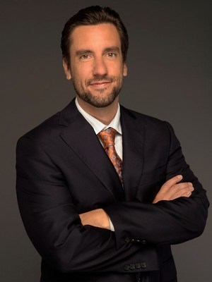 Clay Travis, Sports Media, Coaches & Sports Media, University Athletes, Social Media, Broadcast & Print Media, Author sports, sportscaster, SEC, FS1, Fox Sports, Outkick