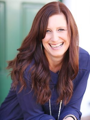 Lisa-Jo Baker, Women, Women's Ministries, Christian Women, Christian Women's, Christian