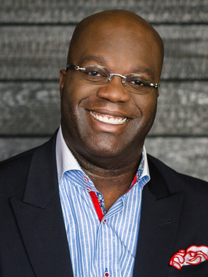 Simon T. Bailey, Customer Service, Diversity, Keynotes, Business Keynote, Conference, Conference Keynote