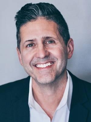 Mark H. Maxwell, Nashville Business education, marketing, networking, legal, law, millenials, gen z, music, nashville, nashville author, workplace, collaboration, college, creativity, author