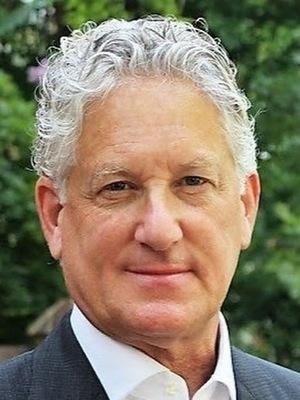 Harry Broadman, Finance