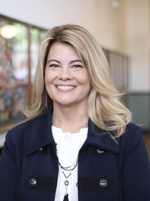 Lisa Whelchel, Women's Ministries, Aging, Christian Women Women's Ministries, pro-life, Evangelism & Outreach