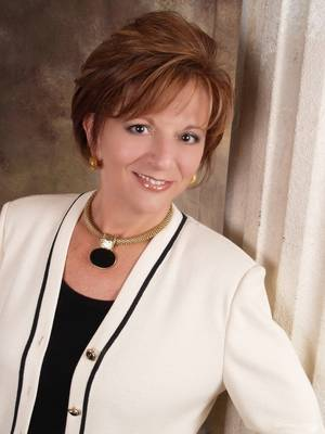 Dr. Isabel Perry, Safety safety, leadership, Team Building, teamwork, women in business