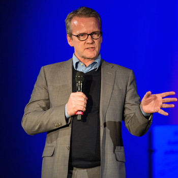 Pasi Sahlberg, International