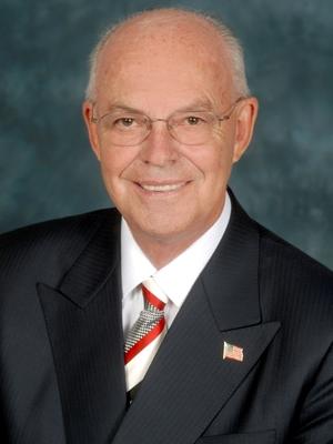 Howard Putnam, Business, Customer Service